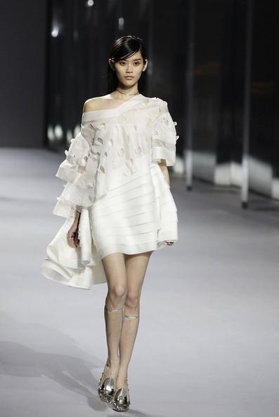 Dior+Haute+Couture+Presentation+RxCFVYu-f4Bl