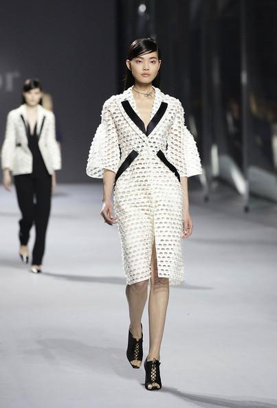 Dior+Haute+Couture+Presentation+tUh86y4x-W0l