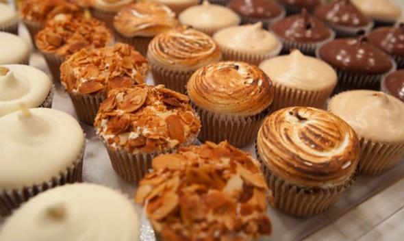 kisses-cupcakes-hk