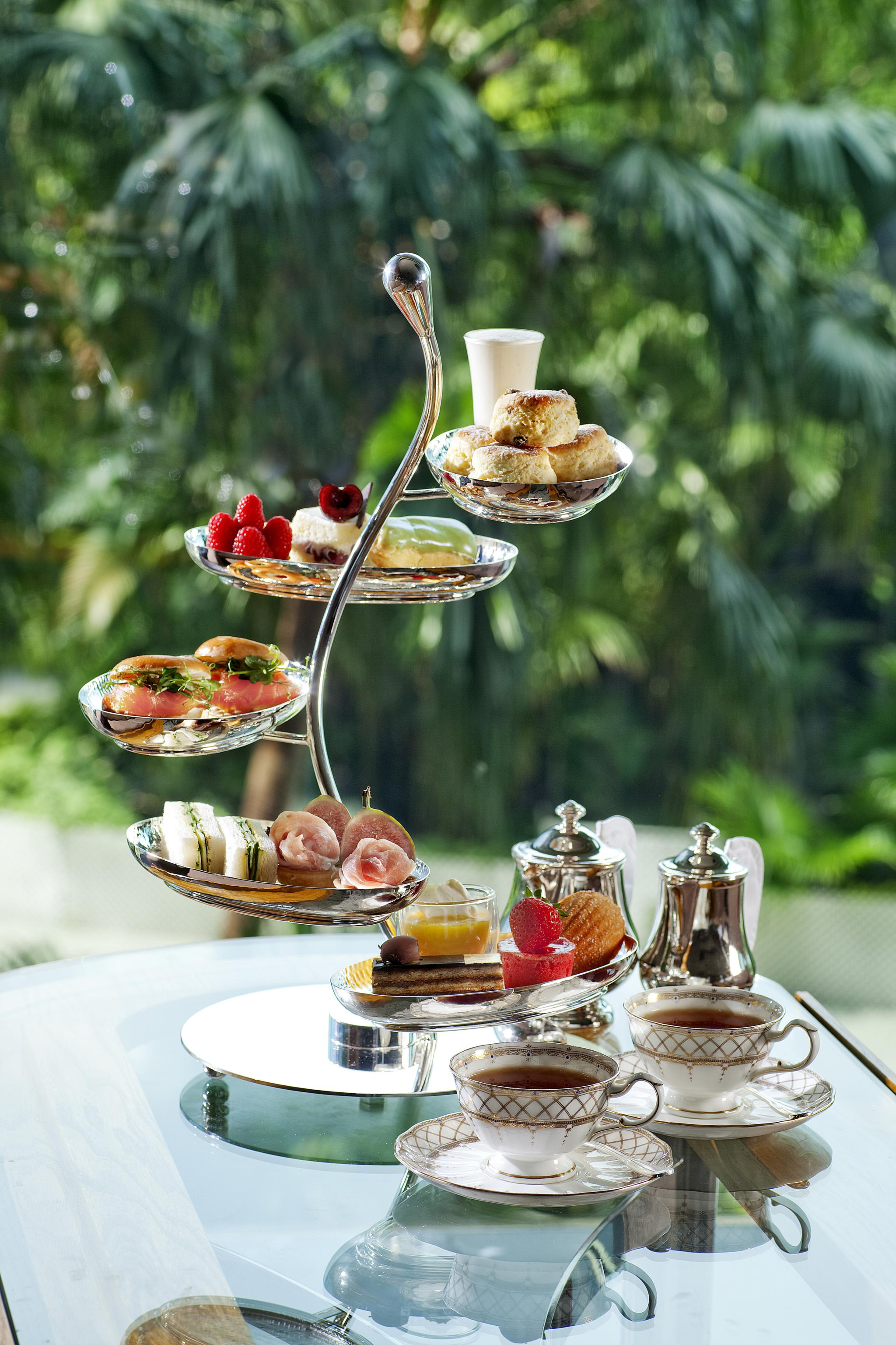 Tiffin_High-Tea-Stand-for-Two