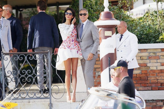 adaymag-george-clooney-and-amal-alamuddin-make-a-perfect-pair-in-venice-011-658x438