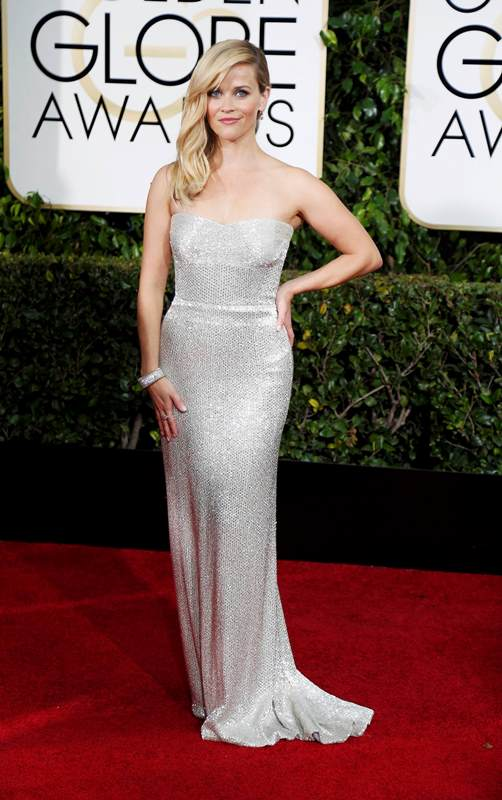 Actress Reese Witherspoon arrives at the 72nd Golden Globe Awards in Beverly Hills, California January 11, 2015.  REUTERS/Mario Anzuoni  (UNITED STATES - Tags: ENTERTAINMENT)(GOLDENGLOBES-ARRIVALS)