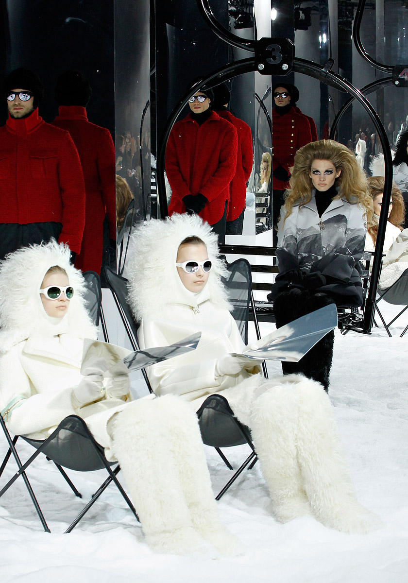 moncler-gamme-rouge-rtw-fw2012-runway-61_150435391287